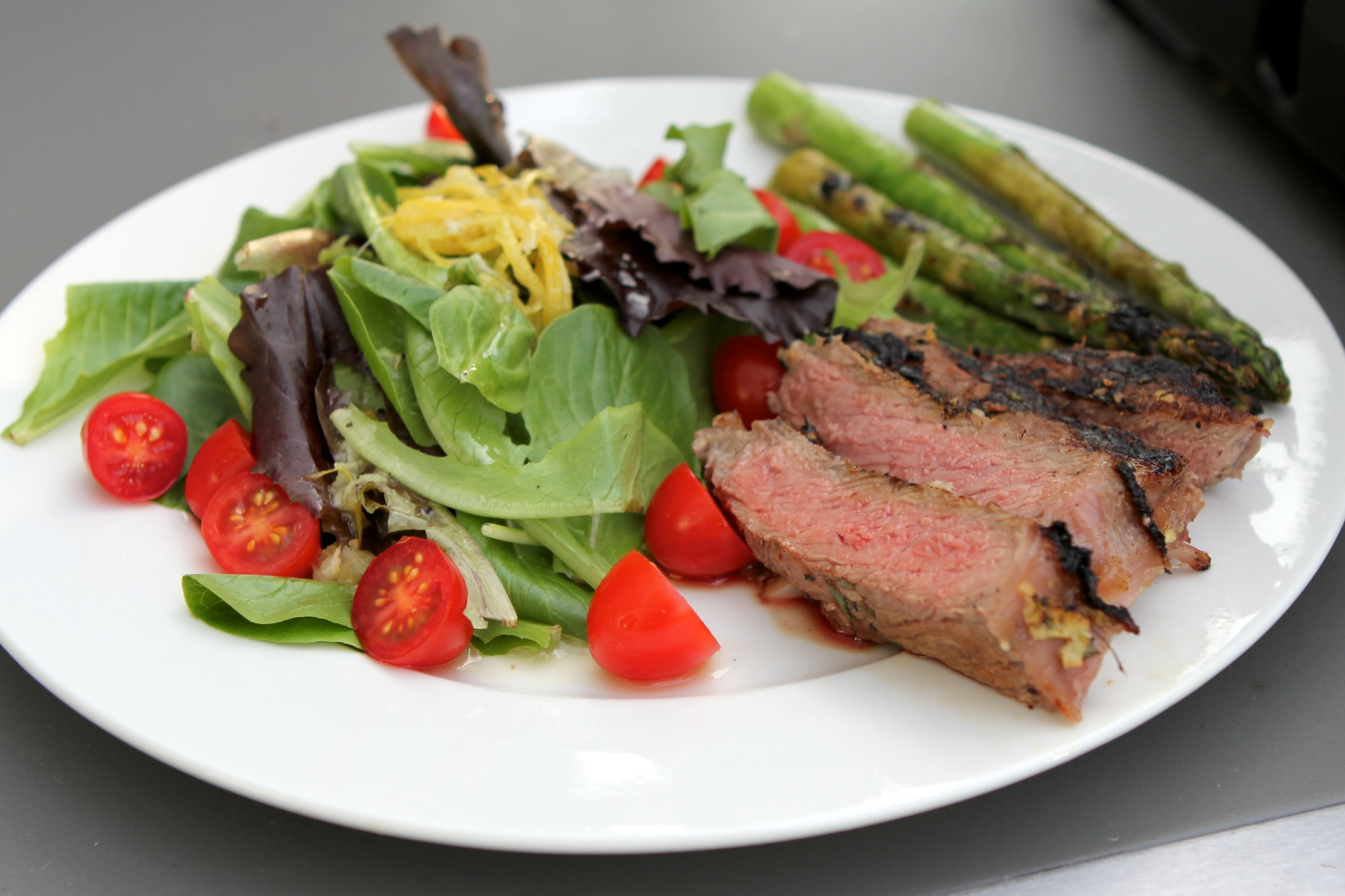 Steak Salad (photo: Raphael Marinho)